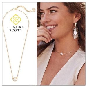 Kendra Scott Jaxon Necklace ivory mother of Pearl